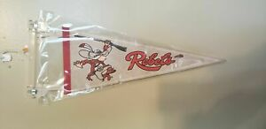 UNLV REBELS EARLY 1980'S FELT PENNANT WITH HOLDER