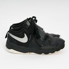 Nike Team Hustle D8 Kid's Youth Black Mid Top Basketball Shoes 881942 001 Sz 2Y