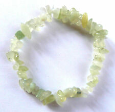 **BEAUTIFUL NEW JADE CRYSTAL CHIP BRACELET - HEALING / REIKI**