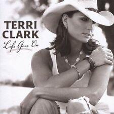 Clark Terri : Life Goes On CD (2005)
