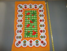 Vintage Collectible  Tea Towel RETRO FLOWER POWER DAISY'S