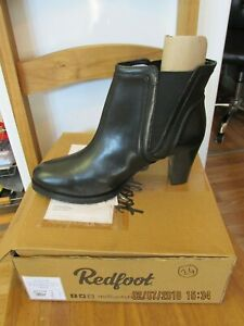 Redfoot Ladies Scoop Gussett Ankle Boot Size UK8/Euro42 In Black Leather RRP £55