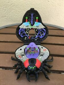 Mighty Max Doom Zone Trapped By Arachnoid Spider Playset Bluebird 1992