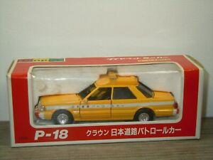Toyota Crown Survey Patrol Car - Diapet P-18 Japan 1:40 in Box *51750