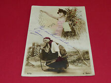 CPA CARTE POSTALE 1905 BONNE ANNEE JEUNE FEMME BLE VIEILLE FEMME CI GIT SOUCIS