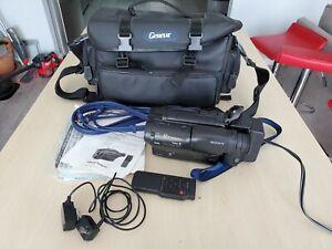 Sony Handycam CCD-TR82 8mm Video8 Camcorder VCR Player Camera Video Transfer