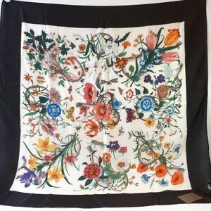 Authentic Gucci Flora Scarf 100% Silk Snake Floral Print Square White Black &Tag