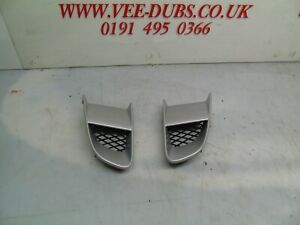 AUDI R8 2010 SPYDER PAIR OF VENTILATION GRILLS PAINTED IN SILVER