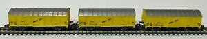 3 Marklin Z scale Banana Bananen cars freight box cars - item 8606 - used no box