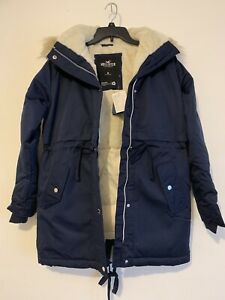 Hollister Cozy Parka Womens  Jacket NWT Sz M Navy Blue NWT