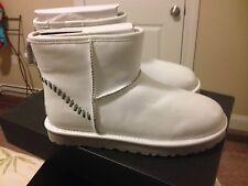 NIB Men's UGG mini Deco white boots men's size 10