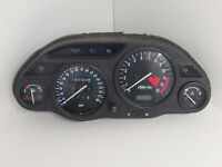 Kawasaki GPZ 1100 GPZ1100 S E 1995 1996 Clocks Speedo 16565 Miles