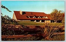 Lake of the Woods Golf Course Club House in Mahomet, Chrome Postcard Unused New
