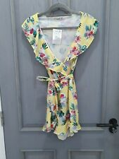 Pull and Bear floral beautiful playsuit V neck size S