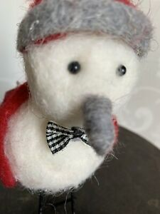 Shoeless Joe Felted Winter Christmas Dec  Bird With Wooly Hat