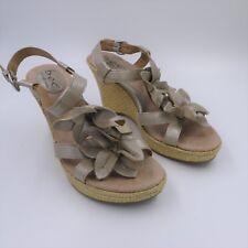 BOC BORN CONCEPTS Women's sz 9 M Shiny Beige Leather Floral Strapy Wedge Sandals