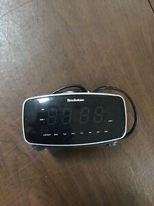 BROOKSTONE Alarm Clock SmartSet