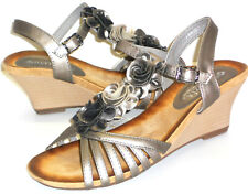 Patrizia Spring Step Fairquin Floral Gladiator Sandals Women's 39 US Size 8.5