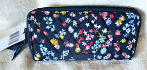 Vera Bradley Zip Around  Accordion Wallet  Scattered Wildflowers  New with Tag