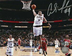 ANDRE IGUODALA Signed Philadelphia 76ERS 8x10 PHOTO w/ Beckett COA (BAS)