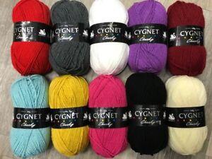 JOBLOT BUNDLE 1000g: 10 x 100g MIXED BALLS OF CYGNET CHUNKY Knitting Wool Yarn