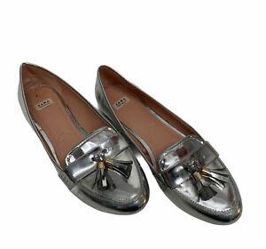 Zara Womens Size 39 Silver Faux Leather Metallic Tassels Loafers Slip On Dressy