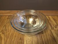 Vintage 3 Pyrex Clear Glass Nesting Mixing Bowls Set 322 323 325