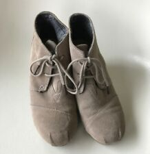 Toms Wedge Tie Shoes 7.5 Sand