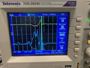 TEKTRONIX 2024C FOUR CHANNEL DIGITAL STORAGE OSCILLOSCOPE