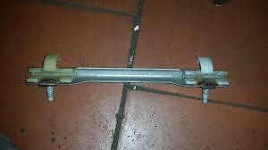 TOYOTA MR2 MK1 rear side window quarter glass brackets fixing clips
