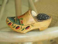 Old DUTCH WOODEN SHOE PINCUSHION Holland Advertising Plastic THIMBLE Sewing