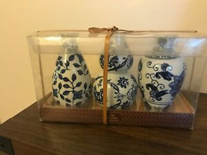 The Bombay Company Set of 3 Floral Ceramic Blue Vases New in Box