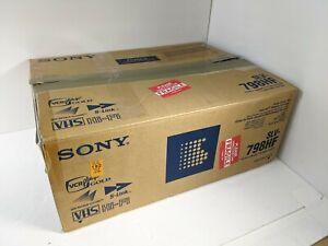 Sony SLV-798HF VCR VHS Player w/ remote, original box, manual, AV cable