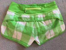 Lululemon Green White Active Yoga Run Shorts - 2 US / 6 AUS