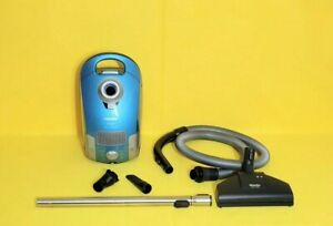 Miele  Sirius Canister vacuumcleaner & attachment