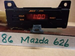 1986 MAZDA 626 DASH DIGITAL CLOCK