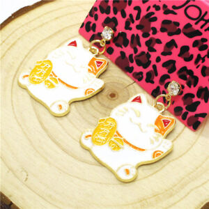 Hot Betsey Johnson White Enamel Cute Lucky Cat Crystal Women Stand Earrings