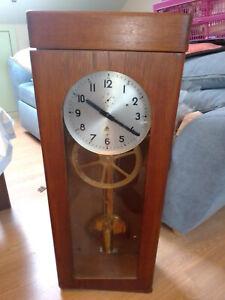 seltene elektronische Mutteruhr von Hoffmann -Uhr selbst läuft einwandfrei