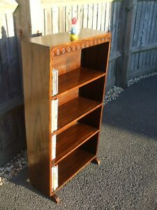 Vintage oak bookcase, 1930s Deco period, very solid, useful size, fast delivery