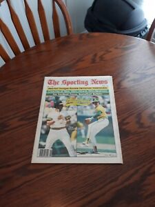 MAY 9,1981-THE SPORTING NEWS-BILLY BALL(MINT)
