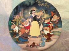 Disney, Knowles, Treasured Moments Snow White And The Seven Dwarfs Plate