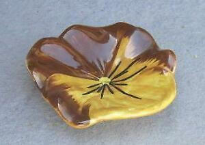 """Stangl Pottery Brown and Gold 4"""" Pansy Ashtray"""