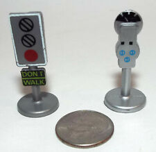 Lot of 2 Small Micro Machine Street Traffic Light and Parking Meter