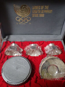1988 SEOUL OLYMPIC GAMES SAKI CUPS SET IN FANCY BOX + SAPPORO CUP