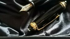 Montblanc Meisterstück 146 Le Grand - 75 YEARS OF PASSION AND SOUL (plumín F)
