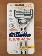 Gillette Skin Gaurd Sensitive Power Handle With 1 Blade & Battery Included