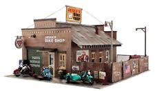 Woodland Scenics [WOO] O Deuce's Bike Shop Building Kit PF5895 WOOPF5895