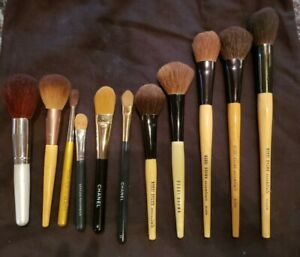 Large Lot of 11 Makeup Brushes: 2 CHANEL ,  5 BOBBY BROWN, 1 TRISH MCEVOY, READ