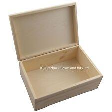 Unfinished pine wooden storage box DD403 memory keepsake chest