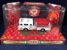 O-97 CODE 3 DIE CAST 1:64 SCALE FIRE ENGINE - 2001 CHRISTMAS EDITION #4